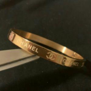 New Chanel Bracelet stunning 💛💛💛💛💛💛💛💛